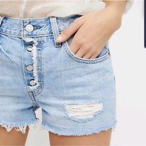 NWOT Levi's Free People 501 cut off shorts
